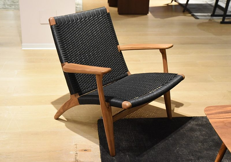 Appreciating the 60's Renaissance with the Hans Wegner Wing Chair