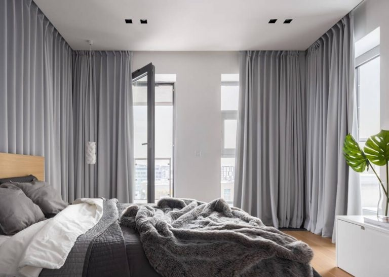 Blackout Curtains-The Beautiful Art Piece of Your Interiors