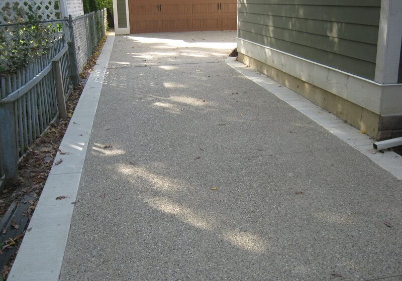 Chose the Concrete Driveways Townsville Instead of Asphalt Driveway